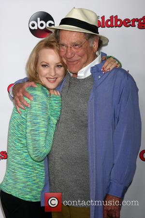 Wendi Mclendon-covey and George Segal