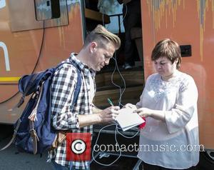 Nicky Byrne & fan - CANNONBALL 2014 departs from The Point Village, Dublin, Ireland - 12.09.14. - Dublin, Ireland -...