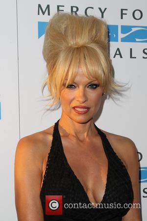 Pamela Anderson $1million Richer As Her Third Marriage Ends