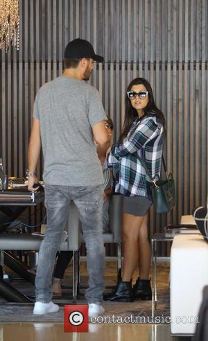 Kourtney Kardashian and Scott Disick - Pregnant Kourtney Kardashian and Scott Disick shop for home furnishings - Los Angeles, California,...
