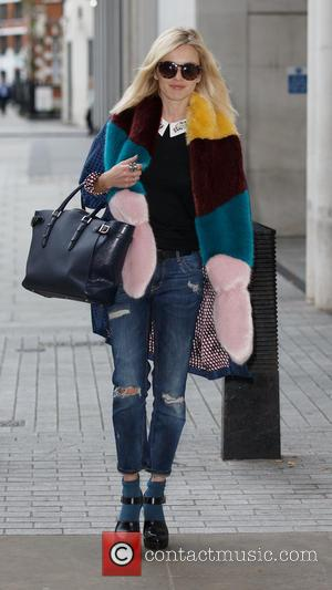 Fearne Cotton - Fearne Cotton arriving at the BBC Radio 1 studios at BBC Portland Place - London, United Kingdom...