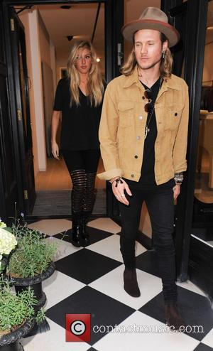 Ellie Goulding and Dougie Poynter - Ellie Goulding spotted leaving BBC Radio 1 to go shopping and meet her boyfriend...