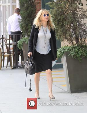 Rosanna Arquette - Rosanna Arquette goes shopping in Beverly Hills - Los Angeles, California, United States - Wednesday 22nd October...