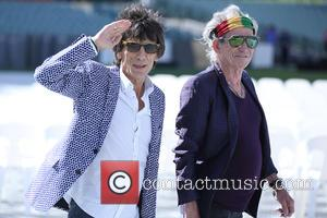 Ronnie Wood 'Thrilled' At Wife's Pregnancy