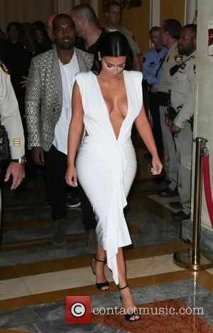 Kris Jenner To Keep Family Home In Divorce Settlement