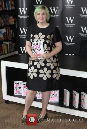 Lena Dunham - Lena Dunham signs copies of her book 'Not That Kind of Girl' at Waterstones - London, United...
