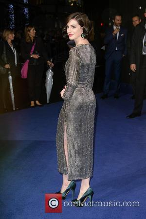 Anne Hathaway - 'Interstellar' UK film premiere held at the Odeon Cinema Leicester Square - Arrivals - London, United Kingdom...