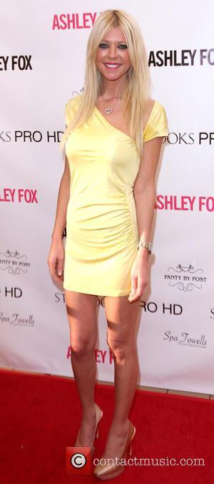Tara Reid - Ashley Fox store grand opening at Stonewood Mall - Downey, California, United States - Sunday 2nd November...