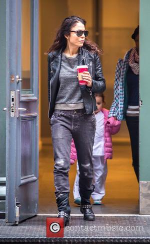 Bethenny Frankel - Bethenny Frankel and her daughter Bryn go out to Starbucks in Tribeca at Tribeca - New York...