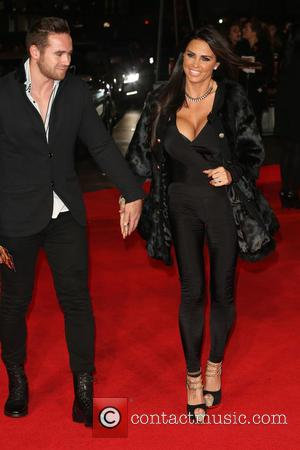 Katie Price and Kieran Hayler - World premiere of 'The Hunger Games: Mockingjay - Part 1' - Arrivals - London,...