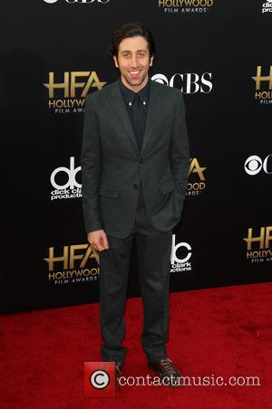 Simon Helberg - 18th annual Hollywood Film Awards at Hollywood Palladium - Arrivals at The Palladium, Hollywood Film Awards -...