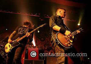 Troy Sanders, Bill Kelliher and Mastodon