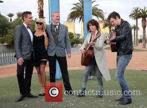 Jack Ryan, Pamela Anderson, Dan Mathews and Chrissie Hynde - Pamela Anderson and Chrissie Hynde Give Away Gay PETA Leader...