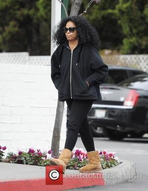 Diana Ross - A camera-shy Diana Ross leaving Bristol Farms in Beverly Hills at Bristol Farms - Beverly Hills, California,...