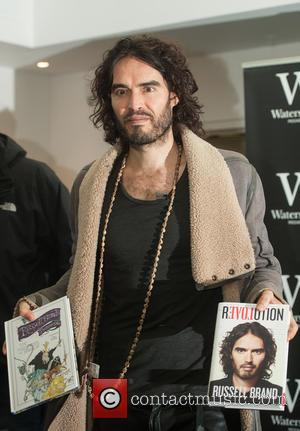 Russell Brand Cancels Stand-Up Show As Mother Is Seriously Injured In Car Crash