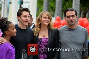 Quvenzhane Wallis, Will Gluck, Cameron Diaz and Bobby Cannavale - Shots from the Annie Miami Walk Of Fame Ceremony which...