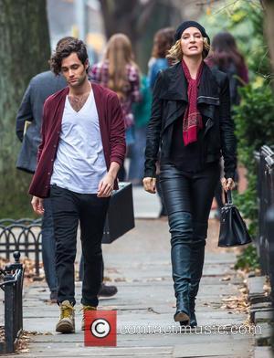 Uma Thurman and Penn Badgley - Uma Thurman and Penn Badgley on set in Brooklyn for the new NBC tv...