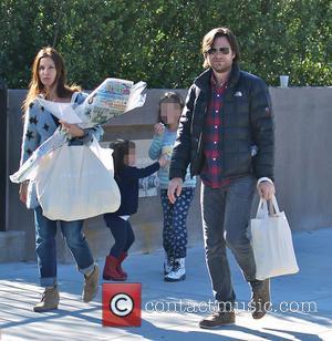Jason Bateman, Amanda Anka, Francesca Bateman and Maple Bateman - Photo's of American actor Jason Bateman as he and his...