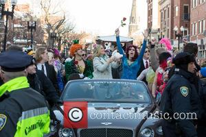 Amy Poehler, Jason Hellerstein and Sam Clark - Amy Poehler leds the parade in her honor for receiving the 2015...