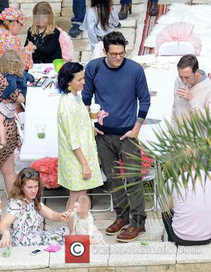 Katy Perry and John Mayer - Katy Perry hosts a party at her home with John Mayer in attendance. Rumors...