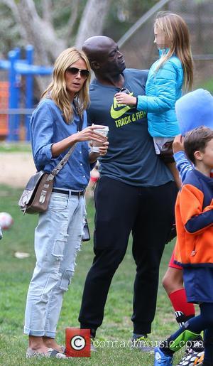 Heidi Klum, Leni Samuel and Seal - Heidi Klum and Seal watch their kids play soccer in Brentwood - Los...