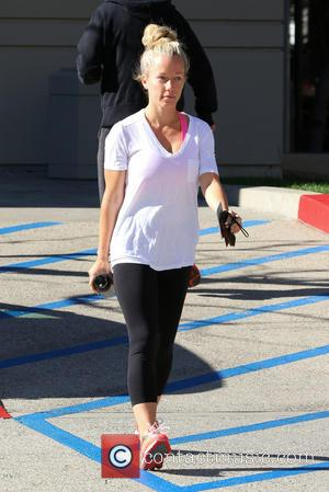 Kendra Wilkinson - Make-up free Kendra Wilkinson hits the gym in Los Angeles - Los Angeles, California, United States -...
