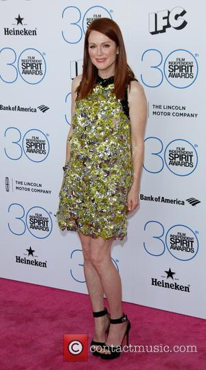 Julianne Moore - 2015 Film Independent Spirit Awards - Arrivals at Independent Spirit Awards - Hollywood, California, United States -...
