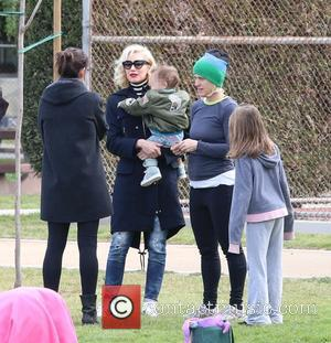 Gwen Stefani and Apollo Rossdale - Gwen Stefani takes Kingston and Apollo to watch Zuma play in a soccer game...