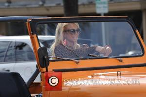 Britney Spears - Britney Spears shoots a party girls scene - Los Angeles, California, United States - Thursday 9th April...
