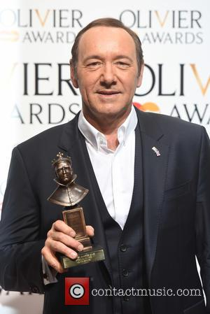 "Kevin Spacey Releases New Statement, ""Seeking Treatment"""