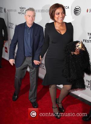 """Robert De Niro Walks Out Of Interview, Journalist Calls Actor """"Condescending & Hostile"""""""