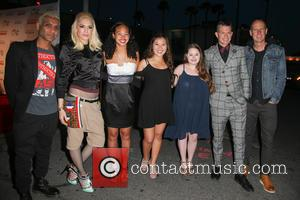 Tony Kanal, Gwen Stefani, Adrian Young, Tom Dumont and No Doubt