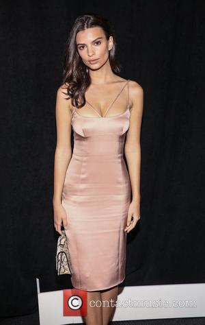 Emily Ratajkowski - The New School Parsons honor Louis Vuitton, Moet Hennessy and Marc Jacobs at the 67th Annual Parsons...