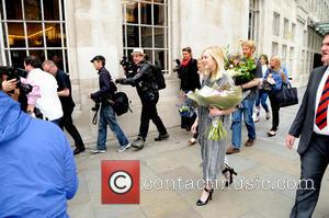 Fearne Cotton - Fearne Cotton leaving the BBC Radio 1 studios after broadcasting her final show - London, United Kingdom...