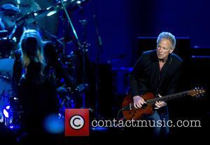Lindsey Buckingham and Fleetwood Mac