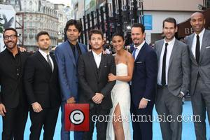 Jerry Ferrara, Adrian Grenier, Kevin Connolly, Kevin Dillon, Jeremy Piven, Emmanuelle Chriqui and Thierry Henry