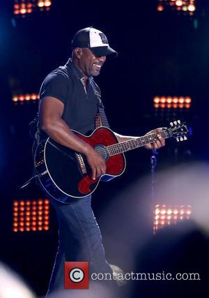 Darius Rucker Honours Hometown Shooting Victims