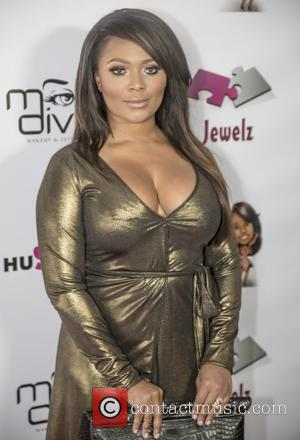 Singer Teairra Mari Placed Under Citizen's Arrest By Cab Driver