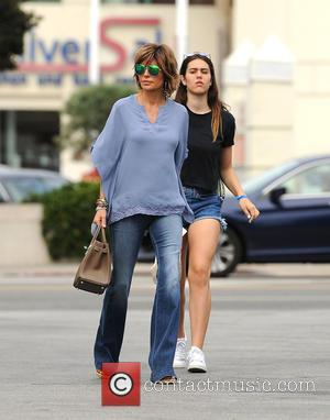 Lisa Rinna and Amelia Hamlin