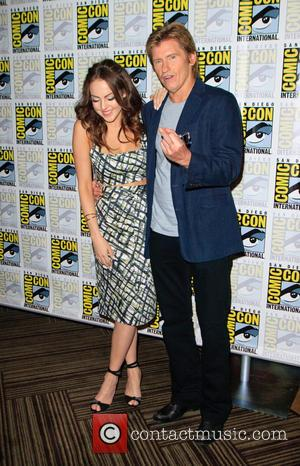 Elizabeth Gillies and Denis Leary
