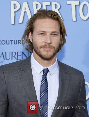 Luke Bracey Signs On For Mel Gibson's Hacksaw Ridge - Report