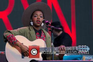 Lauryn Hill Postpones Concert