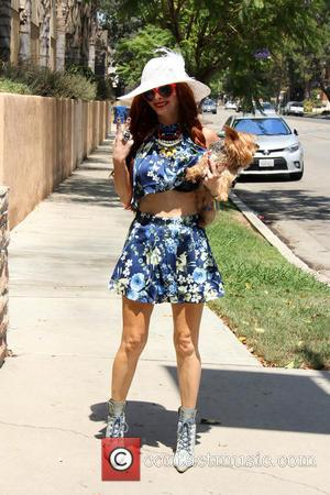 Phoebe Price - Phoebe Price walks her dog Henry on a windy day, and has a wardrobe malfunction - Los...