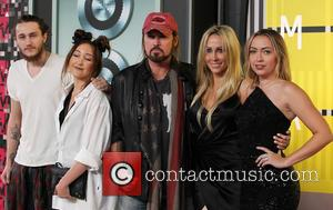 Braison Cyrus, Noah Cyrus, Billy Ray Cyrus, Tish Cyrus and Brandi Cyrus