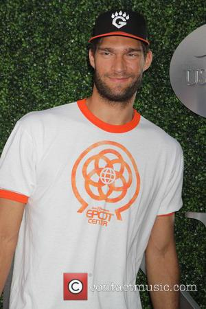 Tennis and Brook Lopez