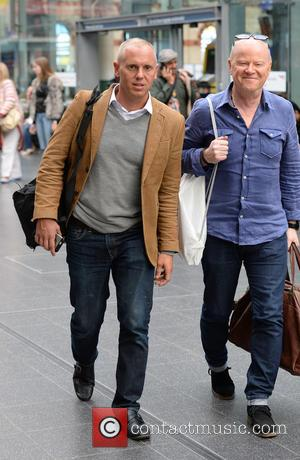 Robert Rinder , Graham Stanier - Robert Rinder spotted at Manchester Piccadilly train station with Jeremy Kyle's Graham Stanier -...