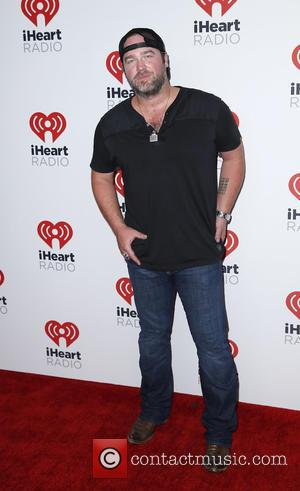Lee Brice Raises $20,000 For Flood Relief In Home State
