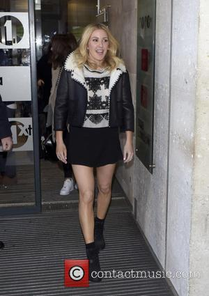 Ellie Goulding Battling Heart Condition