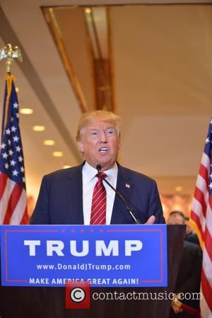"""Donald Trump Invents Bizarre New Word - """"Covfefe"""""""