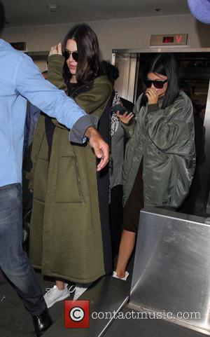 Kendall Jenner , Kylie Jenner - Kendall and Kylie Jenner at Los Angeles International Airport (LAX) - Los Angeles, California,...